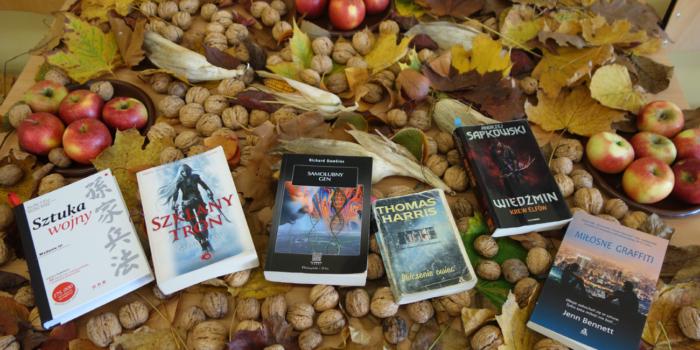 Czytanie z porami roku w tle – Jesień