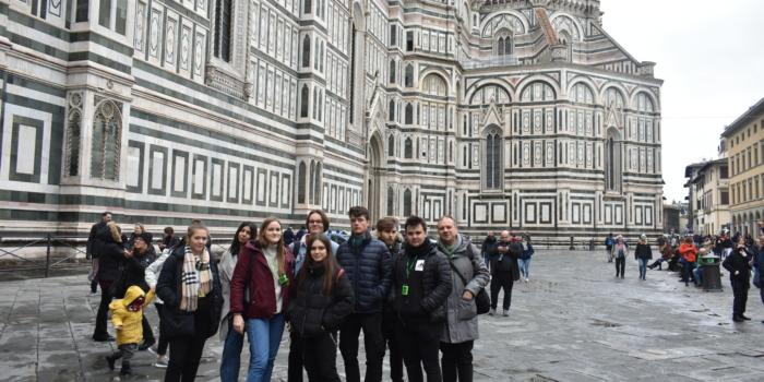 8 uczniów klasy 3TC1 zakończyło praktyki w Bolonii