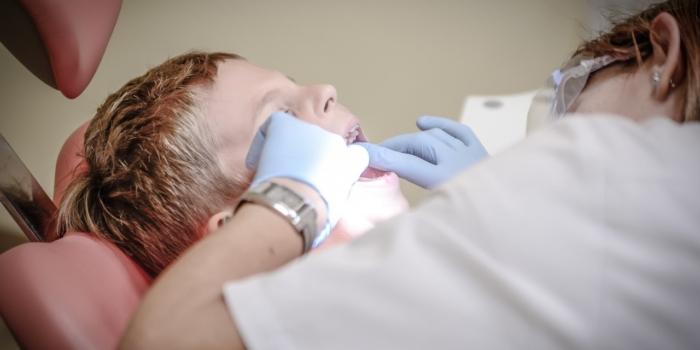 Opieka stomatologiczna dla uczniów